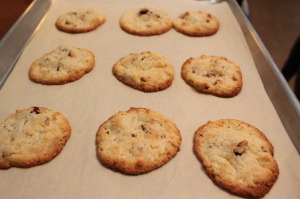 cream-cheese-pecan-cookies-brown-edges